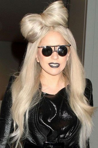 Lady-Gaga-Celebrity-Hair-Style-2012